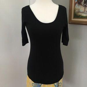CYNTHIA ROWLEY Scoop Neck T-Shirt Elbow Sleeve